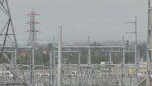 California se declara en estado de emergencia por calor extremo y riesgo en las redes eléctricas