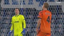 ¡Otra mala salida de Szczesny casi le cuesta el segundo a la Juventus!