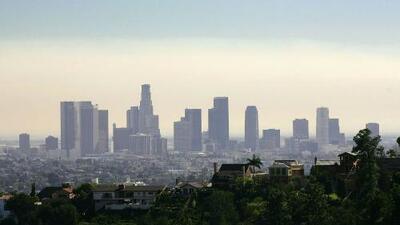 Condiciones cálidas y cielos mayormente despejados durante este domingo en Los Ángeles