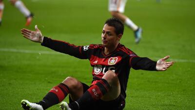 Bayer Leverkusen 4-4 Roma: Doblete de 'Chicharito' en loca lluvia de goles