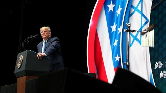 Trump promete que su administración usará todas las herramientas para combatir el antisemitismo