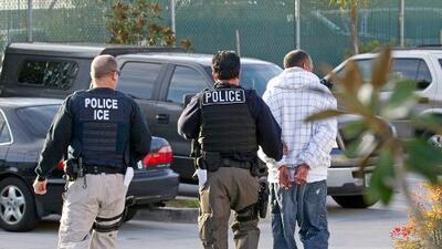 Aumentan los arrestos de ICE y el DUI se convierte en la principal causa de deportación en EEUU