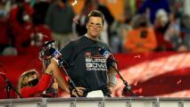 Tom Brady se operará una de sus rodillas