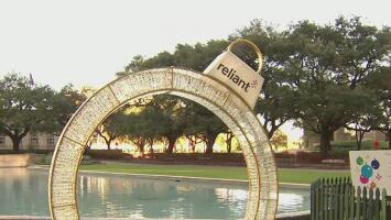 Ultiman detalles para el evento en el que se encenderá el árbol de Navidad en Houston