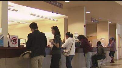 """""""Me acaban de avisar que no estoy registrada"""": ciudadana manifiesta su sorpresa al llegar a un centro de votación"""
