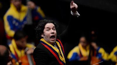 """Gustavo Dudamel le pide a Maduro que rectifique """"y escuche la voz del pueblo"""""""