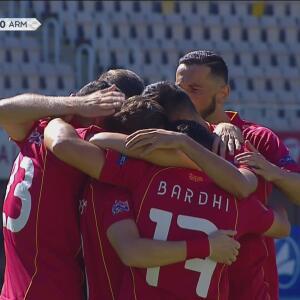 ¡Gol de vestidor! Ezgjan Alioski no perdona y de penal consigue el 1-0 para Macedonia