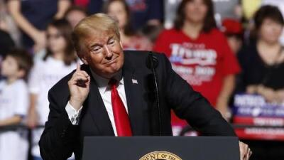 Trump recurre al libreto de 2016 para atacar al migrante y regar falsedades