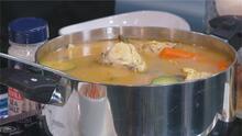 Receta para preparar un delicioso caldo de pollo casero