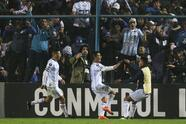 TUCUMAN, ARGENTINA - AUGUST 09: Guillermo Acosta of Atletico Tucuman celebrates after scoring the second goal of his team during a round of sixteen first leg match between Atletico Tucuman and Atletico Nacional as part of Copa CONMEBOL Libertadores 2018 at Monumental Jose Fierro Stadium on August 9, 2018 in Tucuman, Argentina. (Photo by Agustin Marcarian/Getty Images)