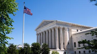 Corte Suprema parece inclinada a negar la Green Card a beneficiarios del TPS