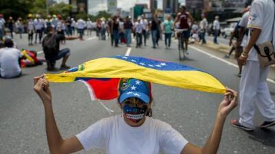 Familiares del periodista Braulio Jatar preso en Venezuela denuncian su desaparición