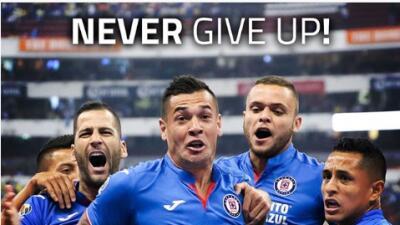"""¿Apelando a Salah? Cruz Azul pide """"no rendirse nunca"""" como el egipcio"""