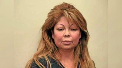 Sentencian a mujer que hacía 'el facial del vampiro' y otras cirugías estéticas de forma ilegal