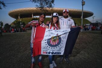 En Guadalajara, el color de las Chivas se toma al Estadio Akron