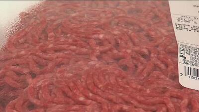 Ordenan retirar del mercado casi 18 toneladas de carne molida distribuida en Indiana y Virginia