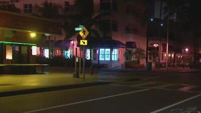 Condiciones tranquilas en las playas de Fort Lauderdale previo a la llegada de Dorian