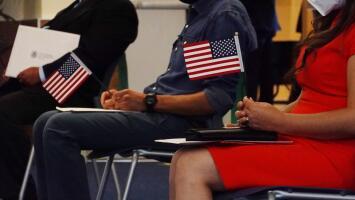 """""""Habrá cambios extraordinarios"""": experto sobre lo que se espera en materia de inmigración con la administración Biden"""