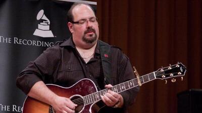 Famous guitarist for Latin music Dan Warner has died
