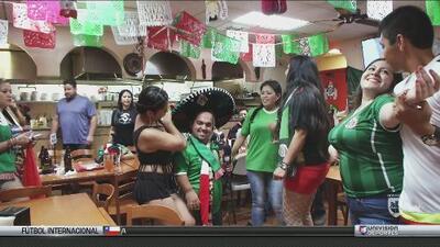 Elvis Rojas estuvo viendo el partido de El Salvador vs México en una taquería