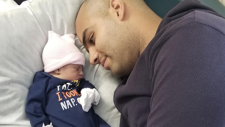 Muere por coronavirus la bebé de 5 meses de un bombero de Nueva ...