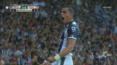 Error de Sebastián Sosa, Funes Mori no lo deja pasar y Monterrey ya gana 3-0 a Morelia