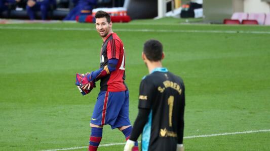 Confirman la tarjeta amarilla Lionel Messi por homenajear a Maradona