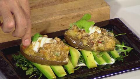 La receta: berenjenas rellenas de langosta y camarones