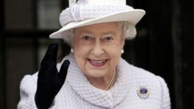 La reina Isabel II emitirá por primera vez en 3D su mensaje navideño