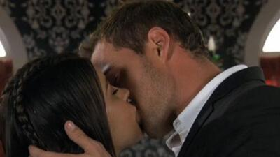 Maite Perroni y William Levy, sus besos más candentes