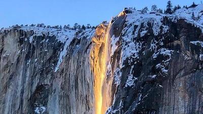 """La """"cascada de fuego"""", el singular fenómeno que el sol de febrero deja ver en Yosemite"""