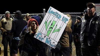 Llegan cientos de personas a Área 51, lugar en donde se especula que hay evidencia de vida extraterrestre