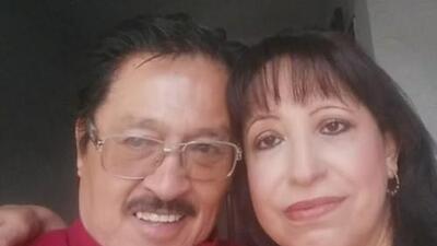 Un ataúd, canciones tristes y palabras de traición: los premonitorios mensajes del hispano que asesinó a su esposa