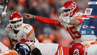 Chiefs pierde a Mahomes, pero doma a los Broncos