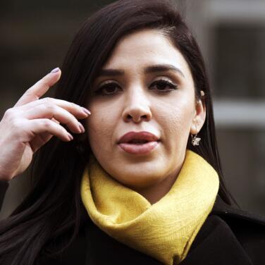 ¿Cómo son los días de Emma Coronel en prisión? Abogada relata duras condiciones en su aislamiento