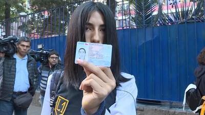 Esta joven es la primera transgénero en ir a una escuela solo para mujeres en su país
