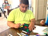 Joven dreamer discapacitado del Valle vende tazones para cumplir su sueño: comprar una casa