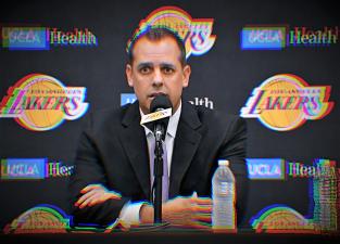 Esto fue lo que sucedió en la presentación de Frank Vogel como nuevo coach de los Lakers