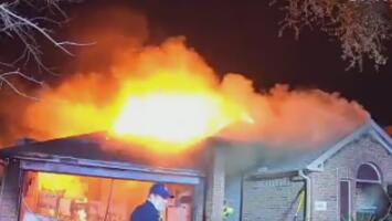 Dos personas hospitalizadas tras resultar heridas luego de un incendio en su vivienda en el área de Katy