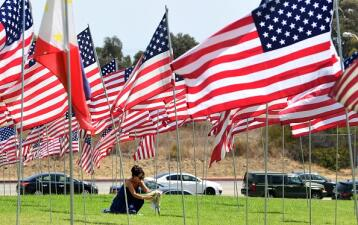 Así honran en Los Ángeles a las víctimas de los ataques terroristas del 11 de septiembre