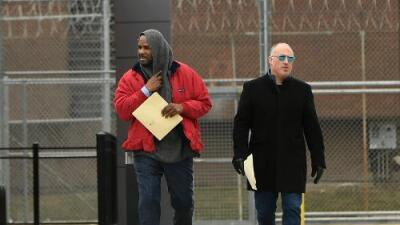 R. Kelly está fuera de la cárcel por segunda vez en dos semanas, esta vez pagó una fianza de $161,000