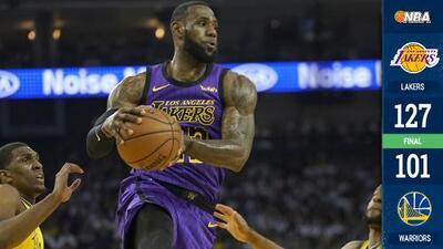 Lakers destrozó a los Warriors con todo y un LeBron James lesionado