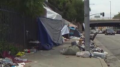 Así busca el condado de Orange ayudar a los desamparados a través de un acuerdo