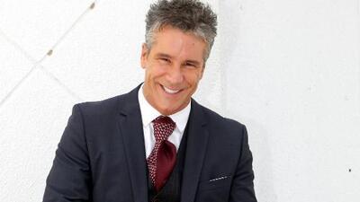 Emiten una orden de arresto contra el actor Fernando Carrillo en Miami, según su expareja
