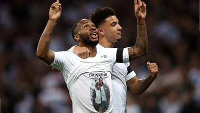 Raheem Sterling pagará el funeral de un joven futbolista