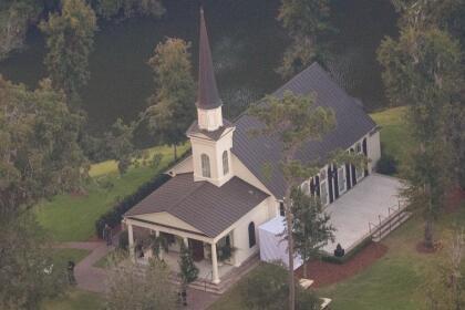 Bieber y Baldwin se casaron en la capilla Somerset, dentro del lujoso resort.