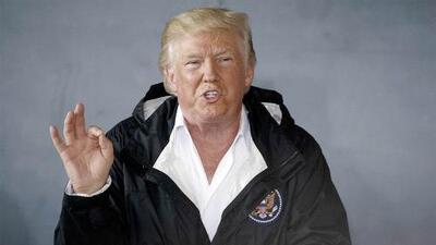 Trump ataca a los puertorriqueños vía tuit a horas de la llegada de Dorian