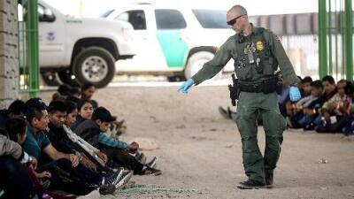 Las 6 claves para entender la nueva regla del gobierno de Trump que restringe el pedido de asilo