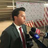 Santiago San Román revela que intentaron retener a Memo Vázquez