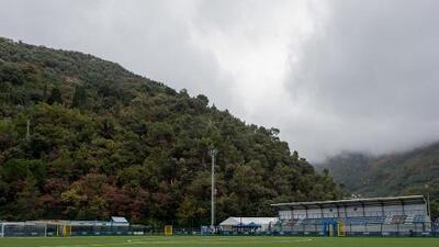 Héctor Moreno sigue sin debutar con la Roma; ahora por mal clima